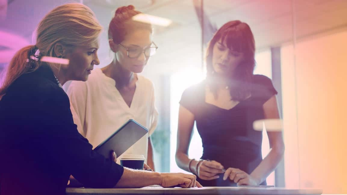 How To Design Performance Reviews That Do Not Fail Women